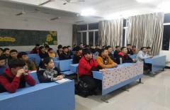 机电工程分院组织党员和入党积极分子集中观看《榜样3》